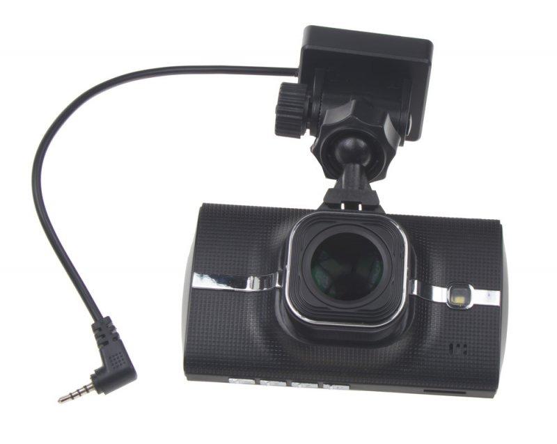 2 kanálová FULL HD kamera do auta LCD dvrb01